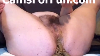 BBW Plays With Her Juicy Pussy And Then Shits Out Of Her Large Ass During Scat Play