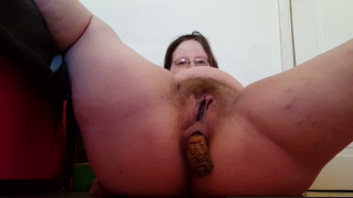 Fat Mature Woman With Hairy Pussy Takes A Nice Dump For Us On Live Webcam