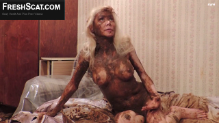 Hottest Scat Wife Degenerate Gets Fucked While Covered In Shit With Poop In Her Hair And In Her Pussy On Live Scat Cam