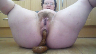 Hairy Mature Scat Woman Spreads Her BBW Body And Shits A Big Scat Dump On Live Scat Cam