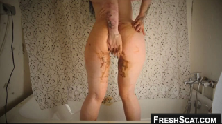Nothing Like A Little Bathtime Teen Scat Play Caught On Webcam